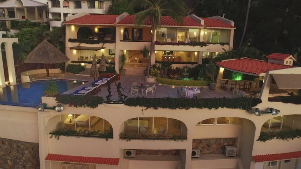 México - Acapulco -  Las Brisas - Renta vacacional - Casa - 12  huespedes - Piscina - Vista al mar - Cancha de Tenis privada