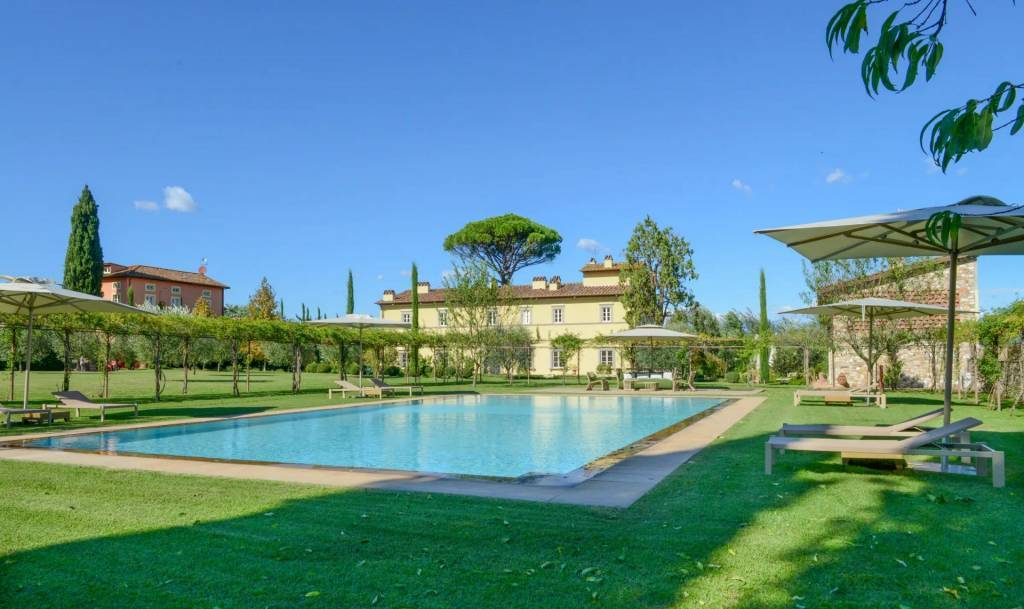 Province of Lucca - House - Holiday rental - 28 persons - 14 Bedrooms - Swimming pool.