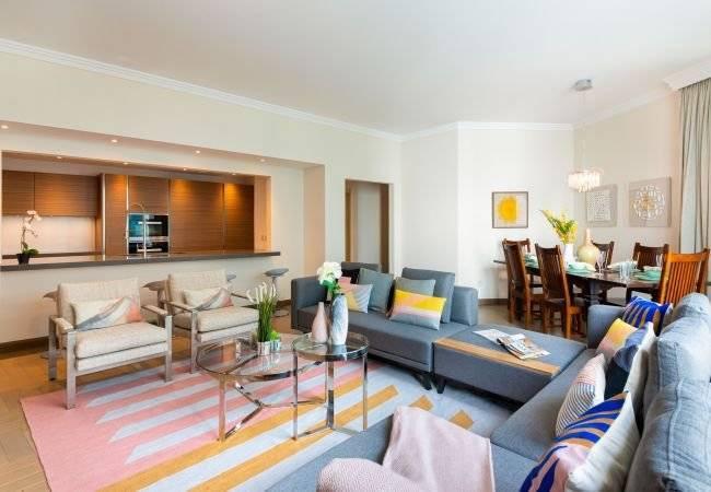 Dubaï - Location saisonnière - Appartement - 8 Personnes - 3 Chambres - 3 Salles de bain - 214 m2 - Piscine