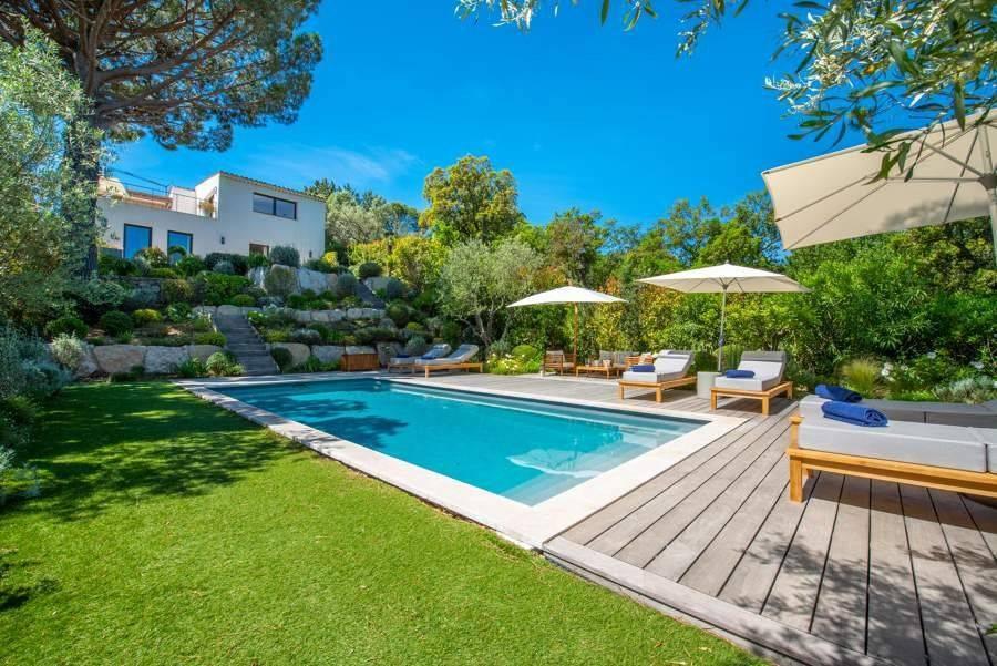 Sainte-Maxime - Côte d'Azur - Alquiler vacacional - Casa - 8 Personas - 4 Habitaciones - 4 Baños - 175 m² - Playa privada - Piscina
