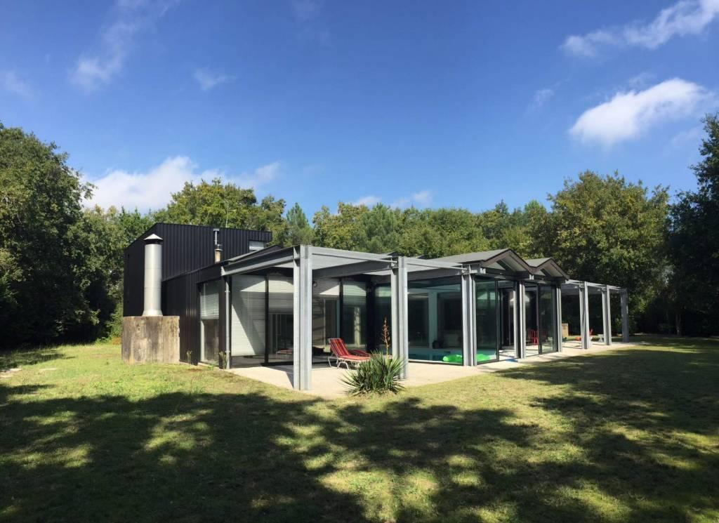 Hossegor - Location saisonnière - Maison - 8 Personnes - 3 Chambres - 3 Salles de bain - Piscine.