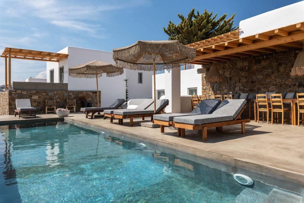 Mykonos - Location saisonnière - Maison - 14 Personnes - 7 Chambres - 7 Salles de bains - Piscine.
