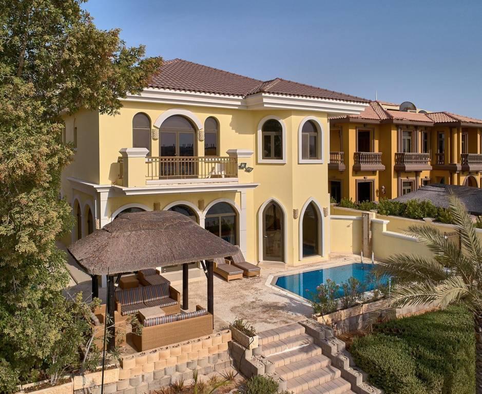 Dubai - Maison - Location saisonnière - 5 Chambres - 511 m2.