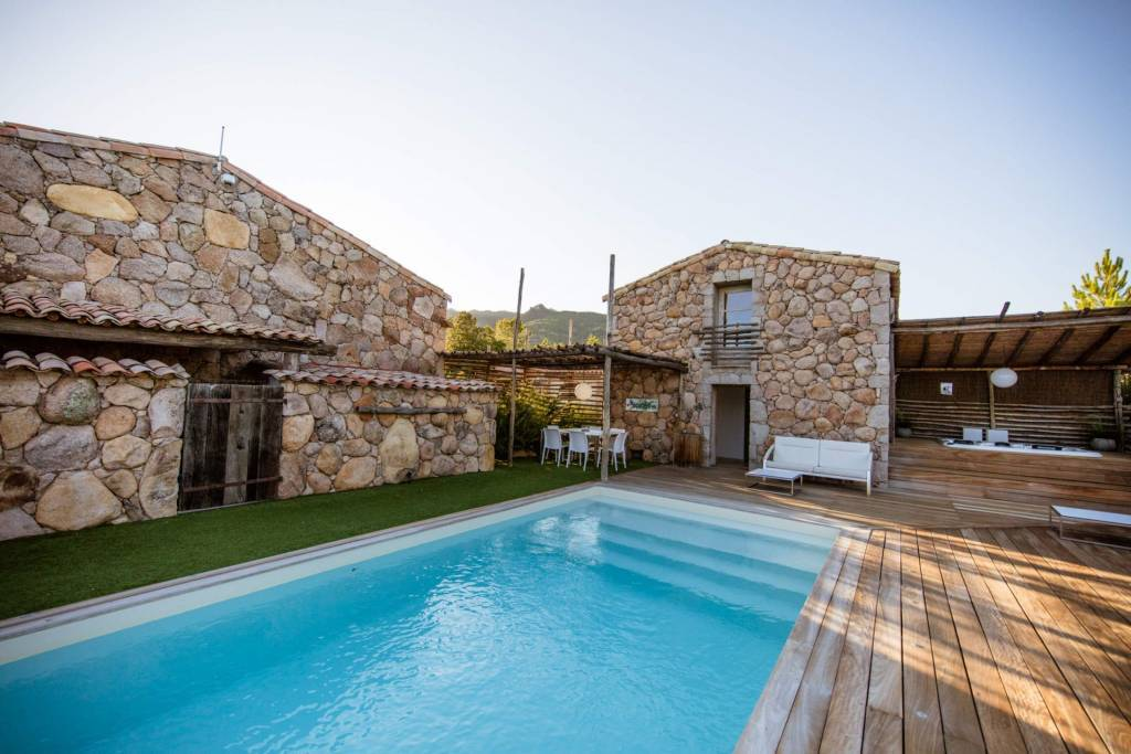 Corsica - Porto-Vecchio Region - Holiday rental - House - 14 Persons - 7 Bedrooms - 5 Bathrooms - Swimming pool.