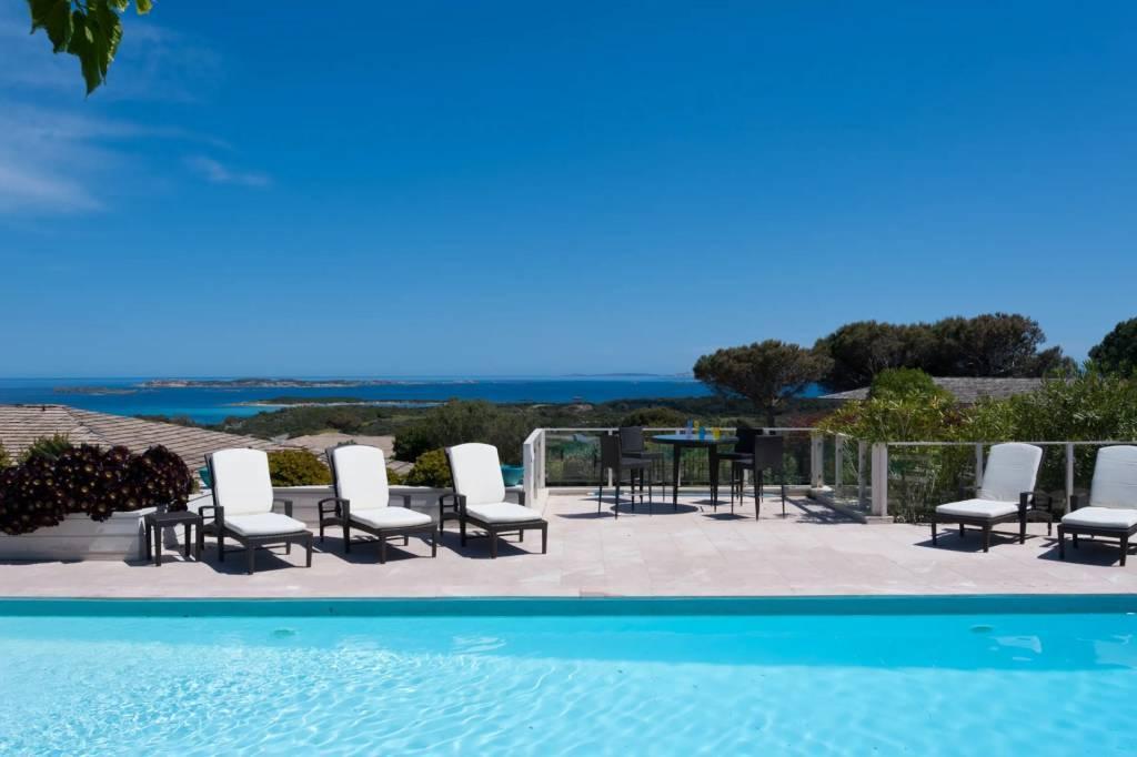 Corsica - Bonifacio - Holiday rental - 14 Persons - 7 Bedrooms - 7 Bathrooms - Swimming pool.