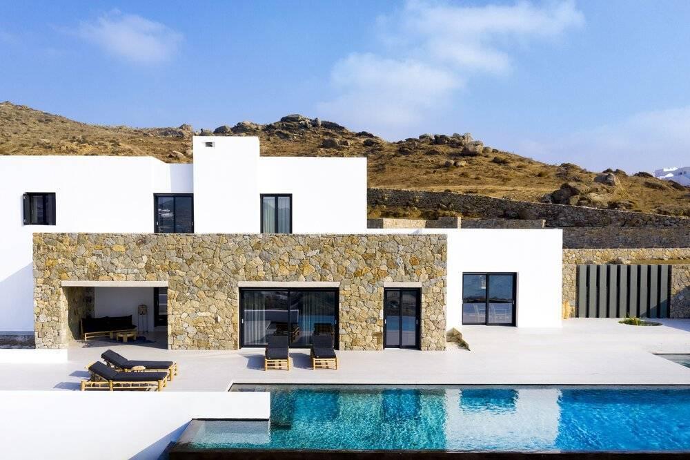 Mykonos - Location saisonnière - Maison - 12 personnes - 6 Chambres - 6 Salles de bains - Piscine