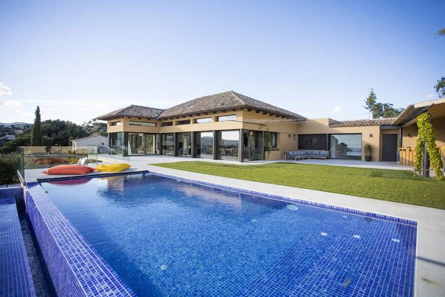Cassis - Holiday rental - House - 12 Persons - 5 Bedrooms - 5 Bathrooms - 260 m² - Swimming pool