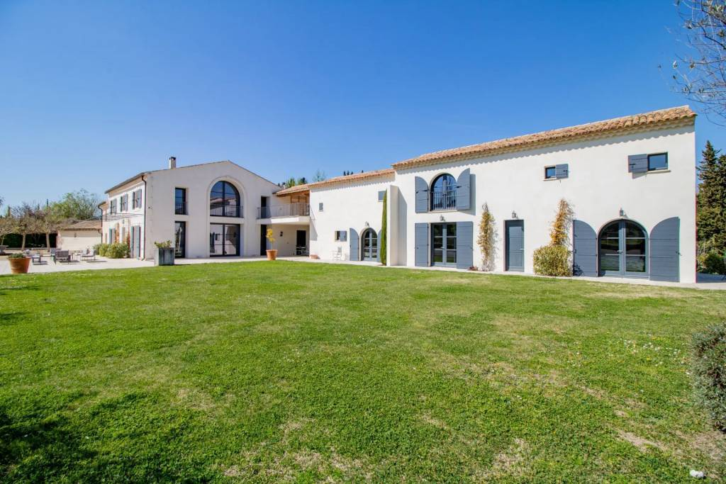 Saint-Rémy-de-Provence - House - Holiday rental - 14 Persons - 7 Bedrooms - Swimming pool.