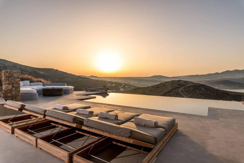 Mykonos - Maison - Location saisonnière - 13 Personnes - 7 Chambres - Piscines.