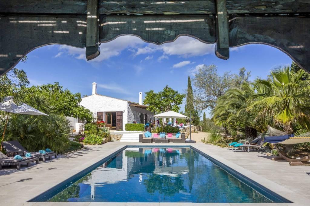 Ibiza - Сезонная аренда - 8 People - 4 Спальни - 4 Ванные комнаты - Бассейн.