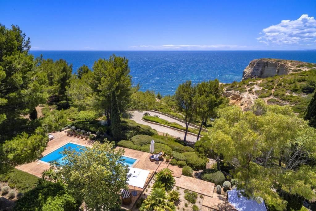 Algarve  - Maison - Location saisonnière - 12 Personnes - 6 Chambres - Piscine.