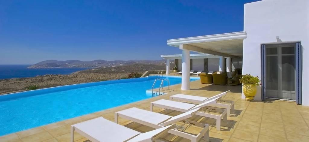 Mykonos - Maison - Location saisonnière - 14 Personnes - 7 Chambres - Piscine.