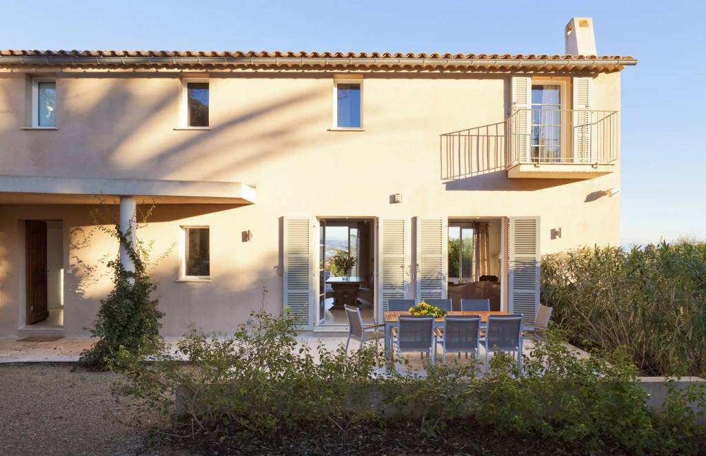 Presqu'île Saint-Tropez - Maison - Location saisonnière - 10 Personnes - 5 Chambres - Piscine.