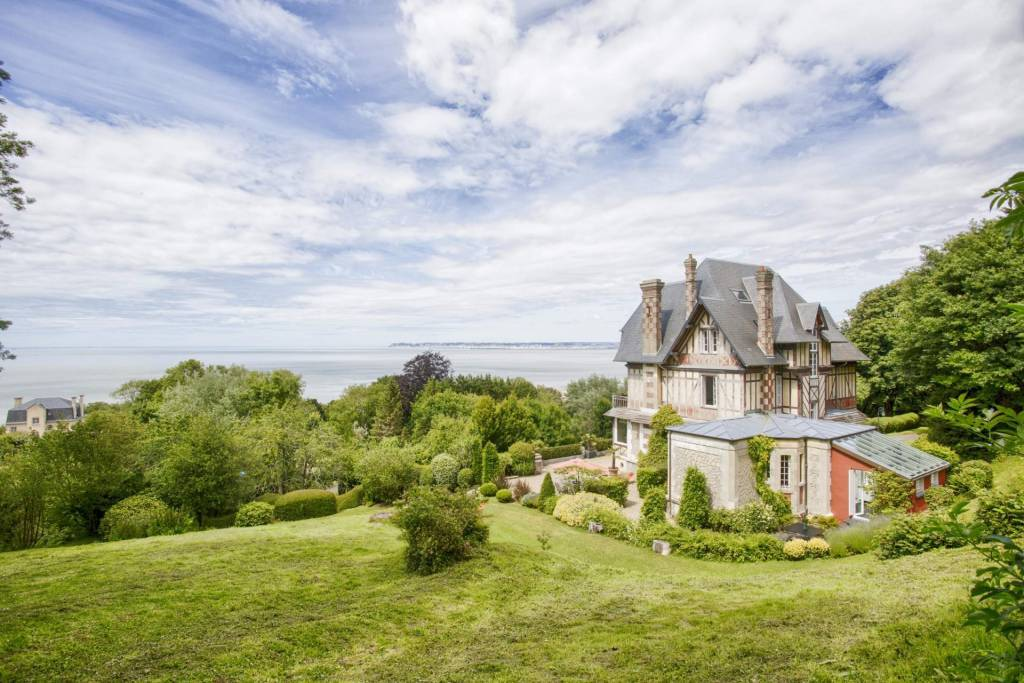 Normandie - Trouville - Holiday rental - House - 10 Persons - 7 Bedrooms - 4 Bathrooms