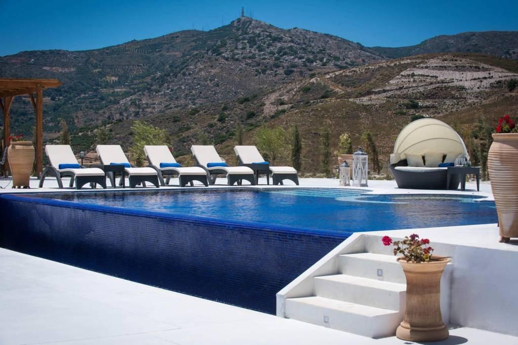 Гази - Крит - сезонная аренда - Дом - 12 человек - 6 спален - 4 ванных комнаты - Бассейн