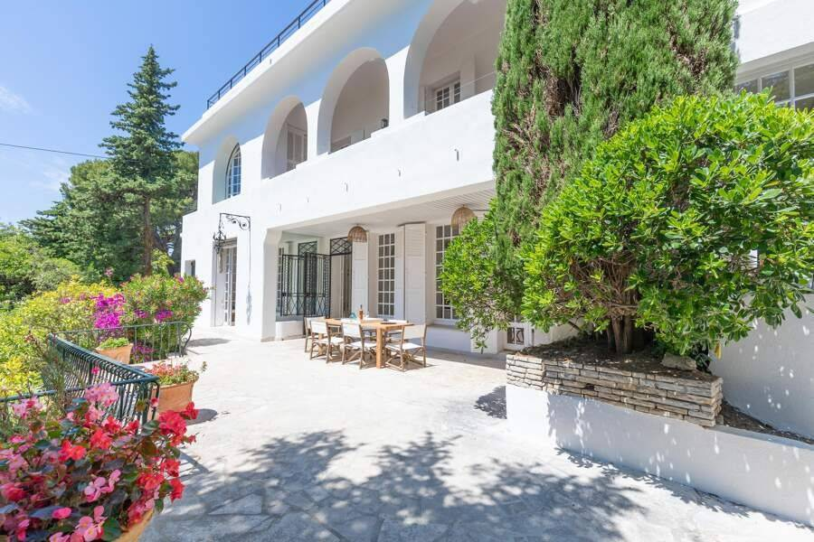 Cassis - Holiday rental - House - 22 Persons - 10 Bedrooms - 7 Bathrooms - 790 m² - Swimming pool
