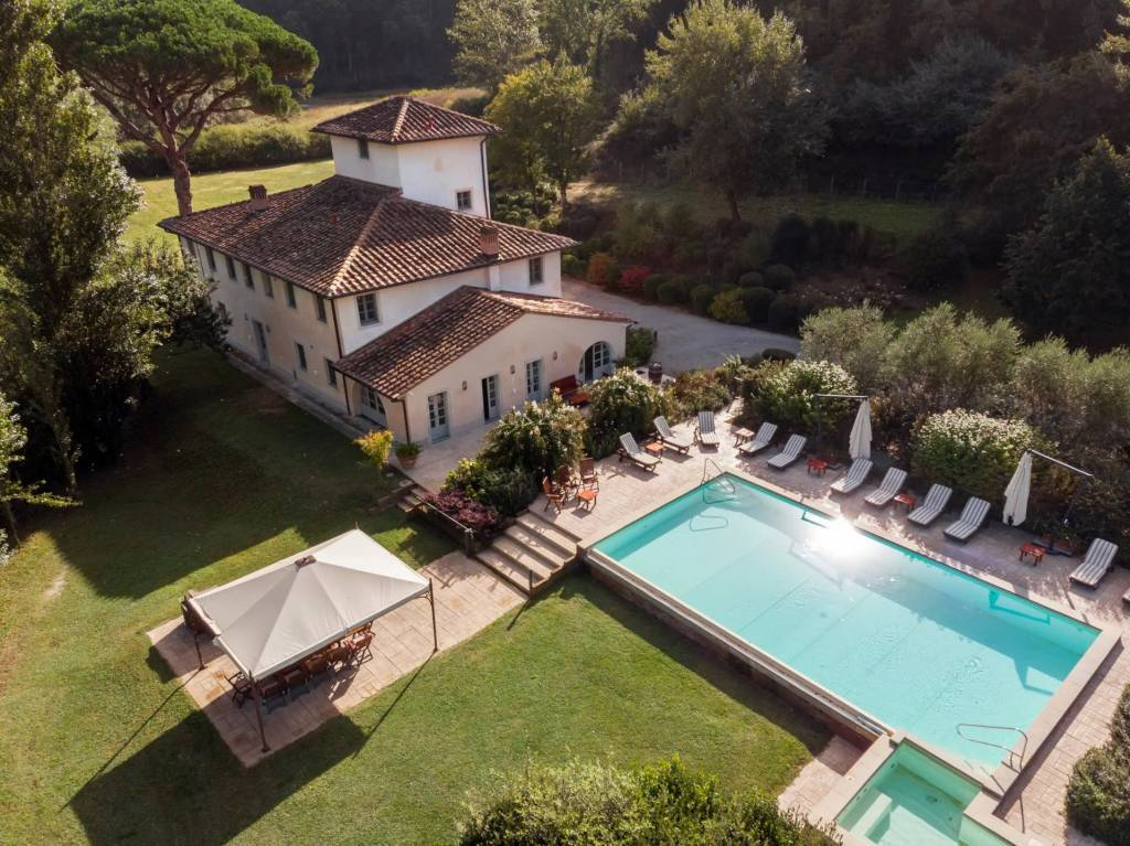 Province of Pisa - House - Holiday rental - 13 Persons - 7 Bedrooms - Swimming pool.