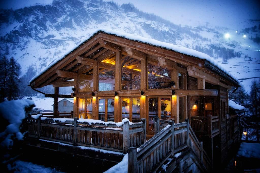 Val d'Isère - Location saisonnière - Chalet - Maison - 12 Personnes - 6 Chambres - 8 salles de bain - Jacuzzi