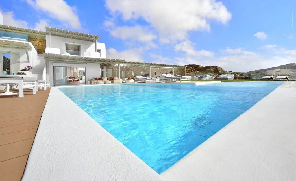 Mykonos - Maison - Location saisonnière - 12 Personnes - 6 Chambres - Piscine
