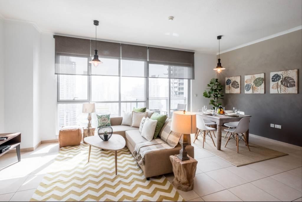 Dubai - Apartment - Holiday Rental - 3 Persons - 1 Bedroom - Swimming Pool.