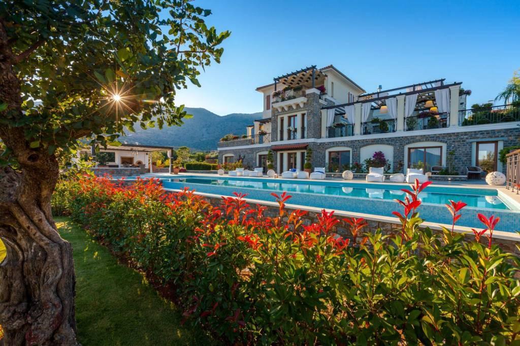Agios Nikolaos - Crete - Holiday rental - House - 10 Persons - 5 Bedrooms - 6 Bathrooms - Swimming pool
