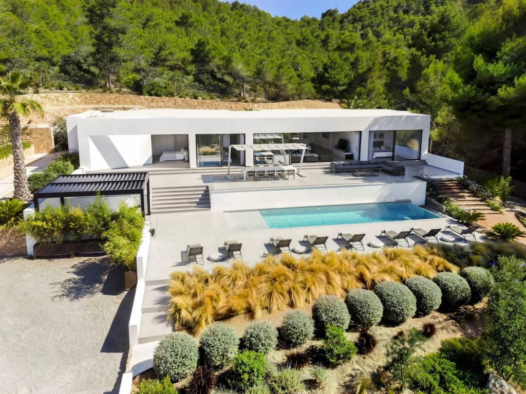 Ibiza - Сезонная аренда - Дом - 10 человек - 5 спален - 5 ванных комнат - Бассейн.