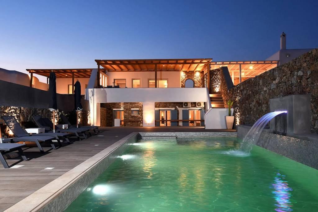 Mykonos - Maison - Location saisonnière - 11 Personnes - 5 Chambres - Piscine.