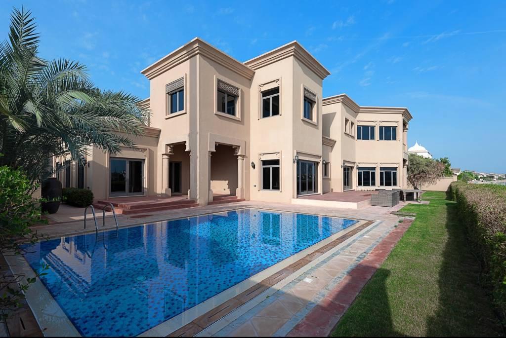Dubaï - Maison - Location saisonnière - 11 Personnes - 5 Chambres - Piscine - Plage