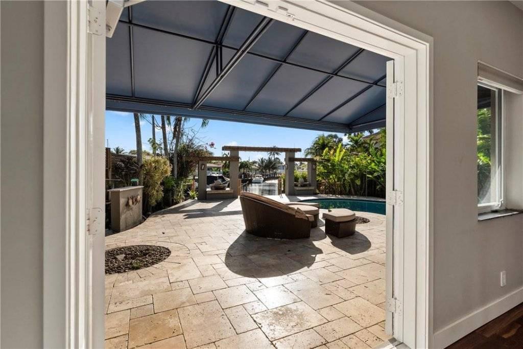 Florida - Fort Lauderdale - To sale - House - 3 Bedrooms - 3 Bathrooms - 2,535 SqFt - Swimming pool.