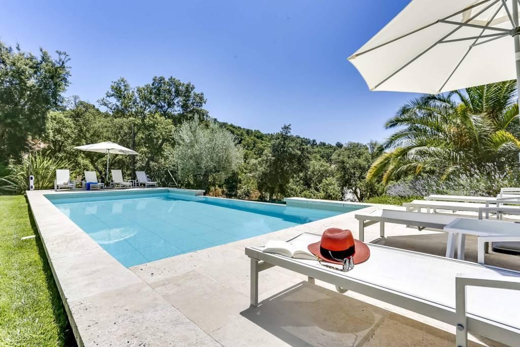 Grimaud - Alquiler vacacional - Casa - 16 Personas - 8 Habitaciones - 5 Baños - 320 m² - Piscina