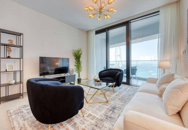 Dubaï - Location saisonnière - Appartement - 7 Personnes - 3 Chambres - 4 Salles de bain - 176 m2 - Piscine