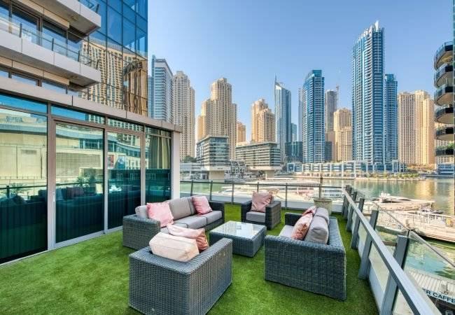 Dubaï - Location saisonnière - Appartement - 7 Personnes - 3 Chambres - 3 Salles de bain - 472 m2 - Piscine