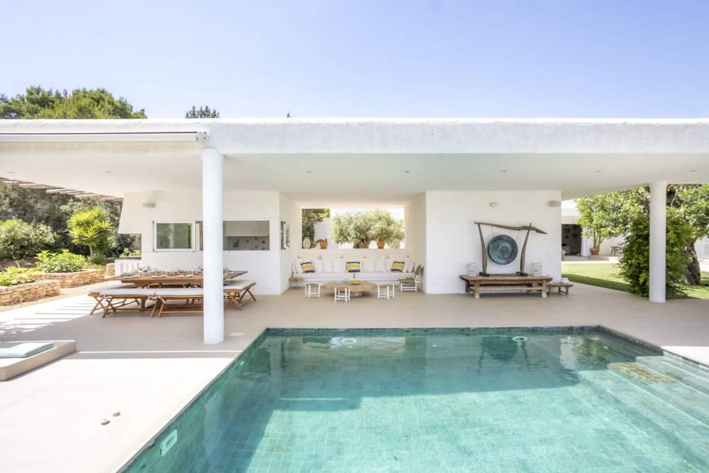 Ibiza - Location saisonnière - Maison - 12 Personnes - 6 Chambres - 6 Salles de bain - Piscines.