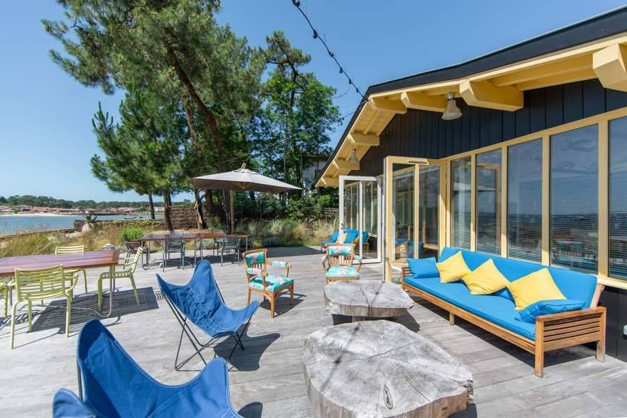 Cap Ferret - Location saisonnière - Maison - 14 Personnes - 6 Chambres - 6 Salles de bain - 250 m² - Plage
