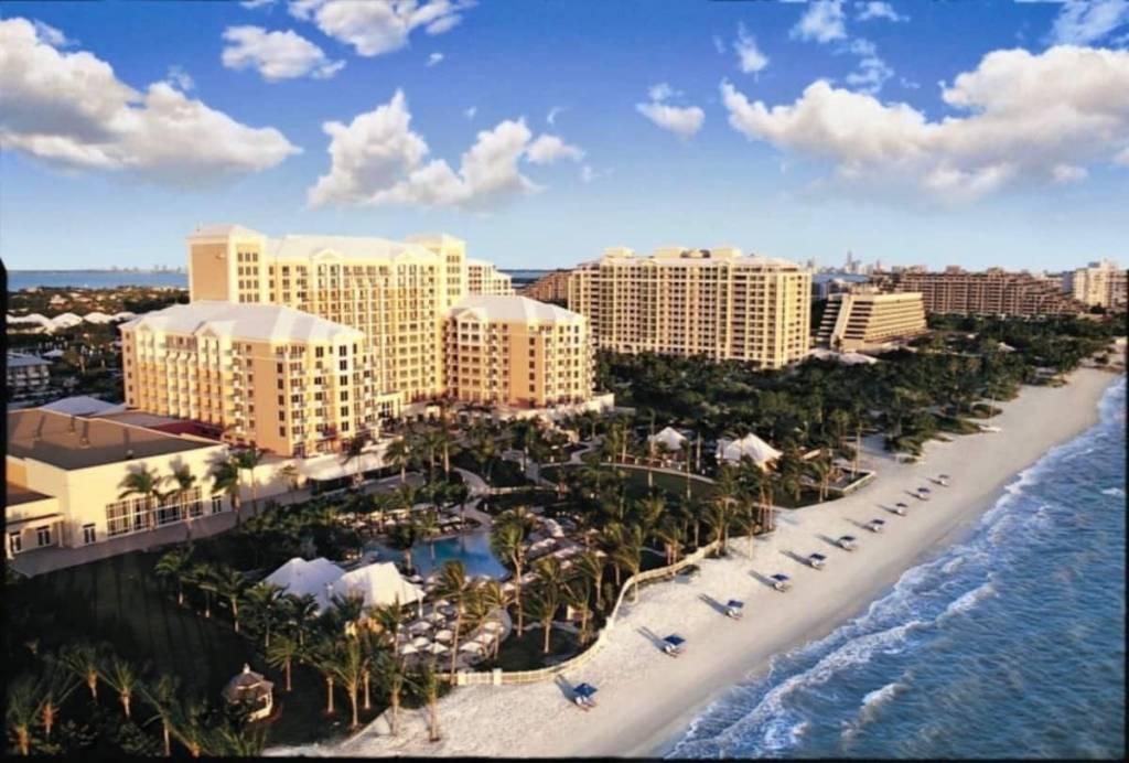 Florida - Key Biscayne - Studio - Holiday rental - 4 Persons - Swimming pool.