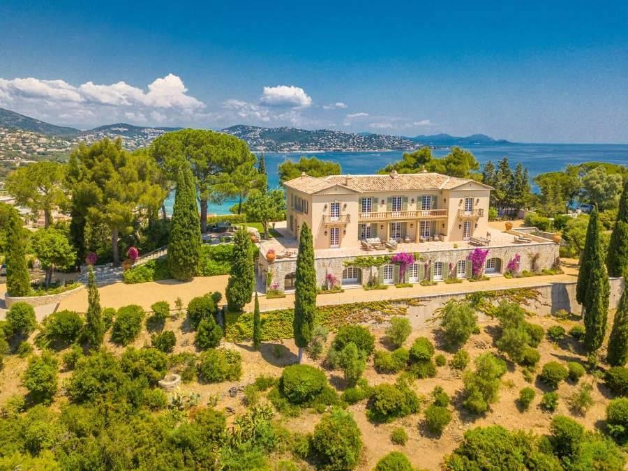 Sainte-Maxime - Costa Azul- Alquiler vacacional - Casa - 24 Personas - 12 Habitaciones - 12 Baños - 841 m² - Piscina