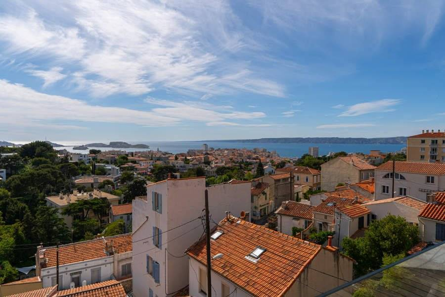 Marseille - Holiday rental - House - 7 Persons - 4 Bedrooms - 3 Bathrooms - 200 m² - Swimming pool