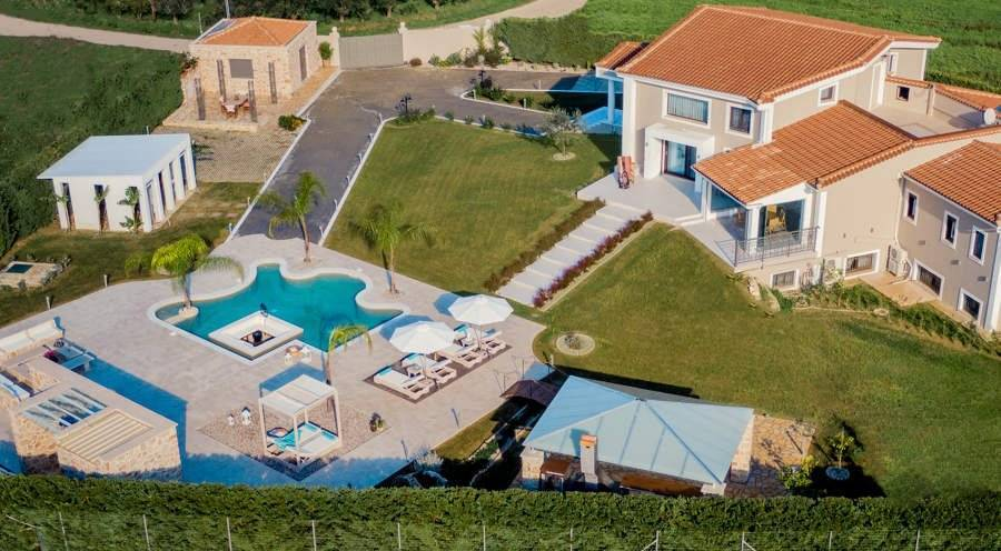 Zante - Ionian Islands - Holiday rental - House - 8 Persons - 4 Bedrooms - 4 Bathrooms - Swimming pool