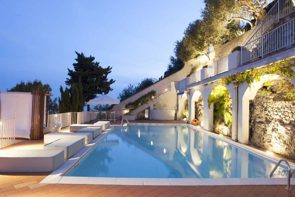 Ravello - House - Holiday rental - 8 Persons - 4 Bedrooms - Swimming pool.