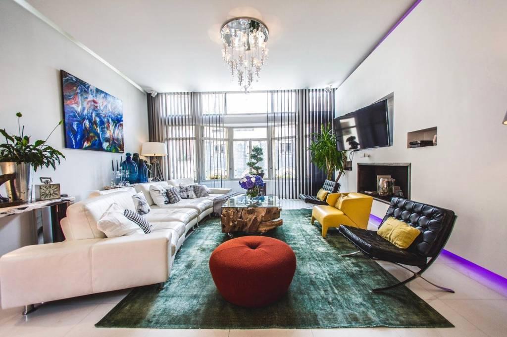 París 16º - Se renta - Departamento - 3 Pisos - 280 m² - 5 Habitaciones - 3 Baños - Calle privada