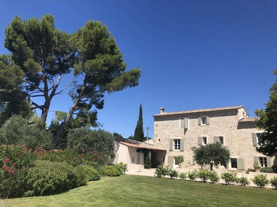 Gordes - Provence - Location saisonnière - Maison - 12 Personnes - 6 Chambres - 6 Salles de bain - Piscine