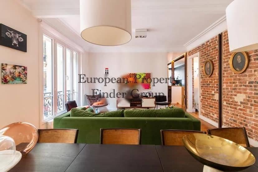 Paris (Métro Joffrin) - À louer - Appartement - 3 chambres