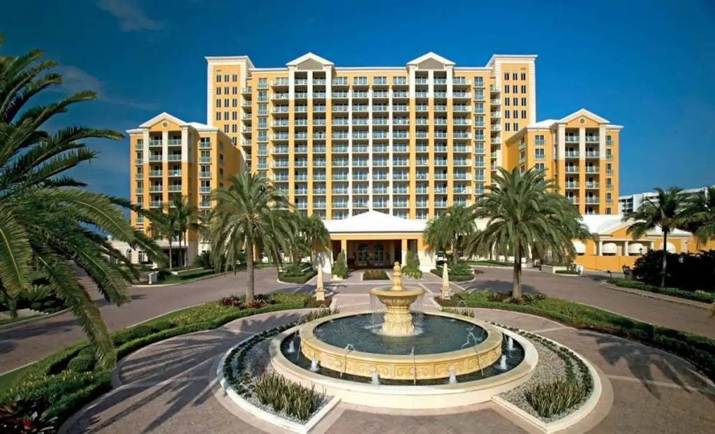 Florida - Key Biscayne - Apartment - Holiday rental - 4 Persons - Swimming pools.