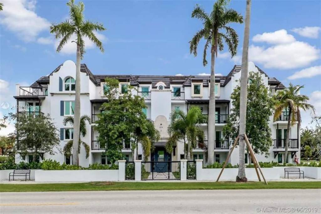 Florida - Naples - Penthouse - Holiday rental - 8 Persons - 3 Bedrooms - Swimming pool.