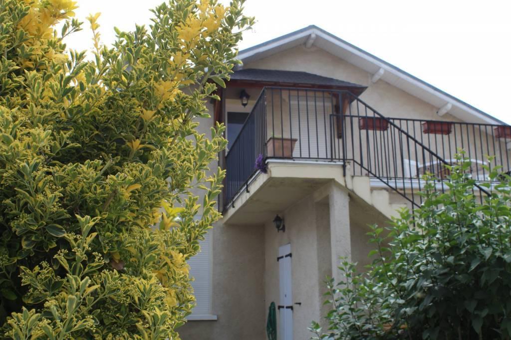 Réf.1138 Maison avec deux logements à deux pas du centre ville
