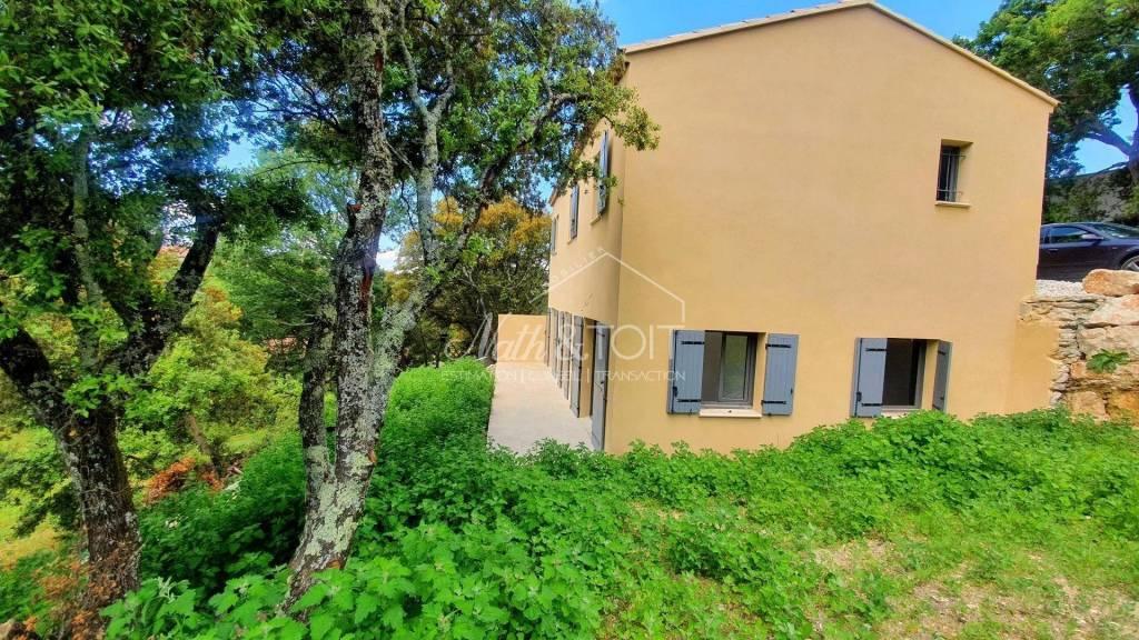 VENASQUE Villa neuve 100 m² sur 538 m² de terrain