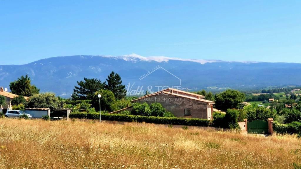 MORMOIRON Terrain constructible viabilisé de 623 m²