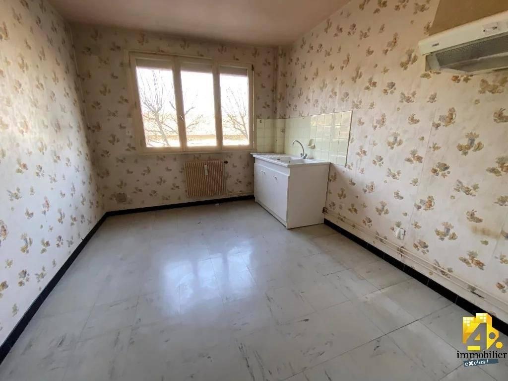 Appartement à  Lons-le-Saunier 3 pièces/ 2 chambres/ 65 m²