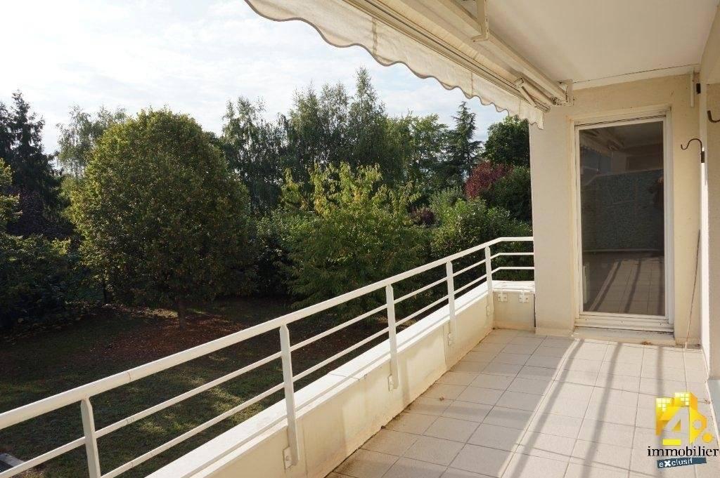 Appartement Olivet 5 pièces avec balcon 100 m2