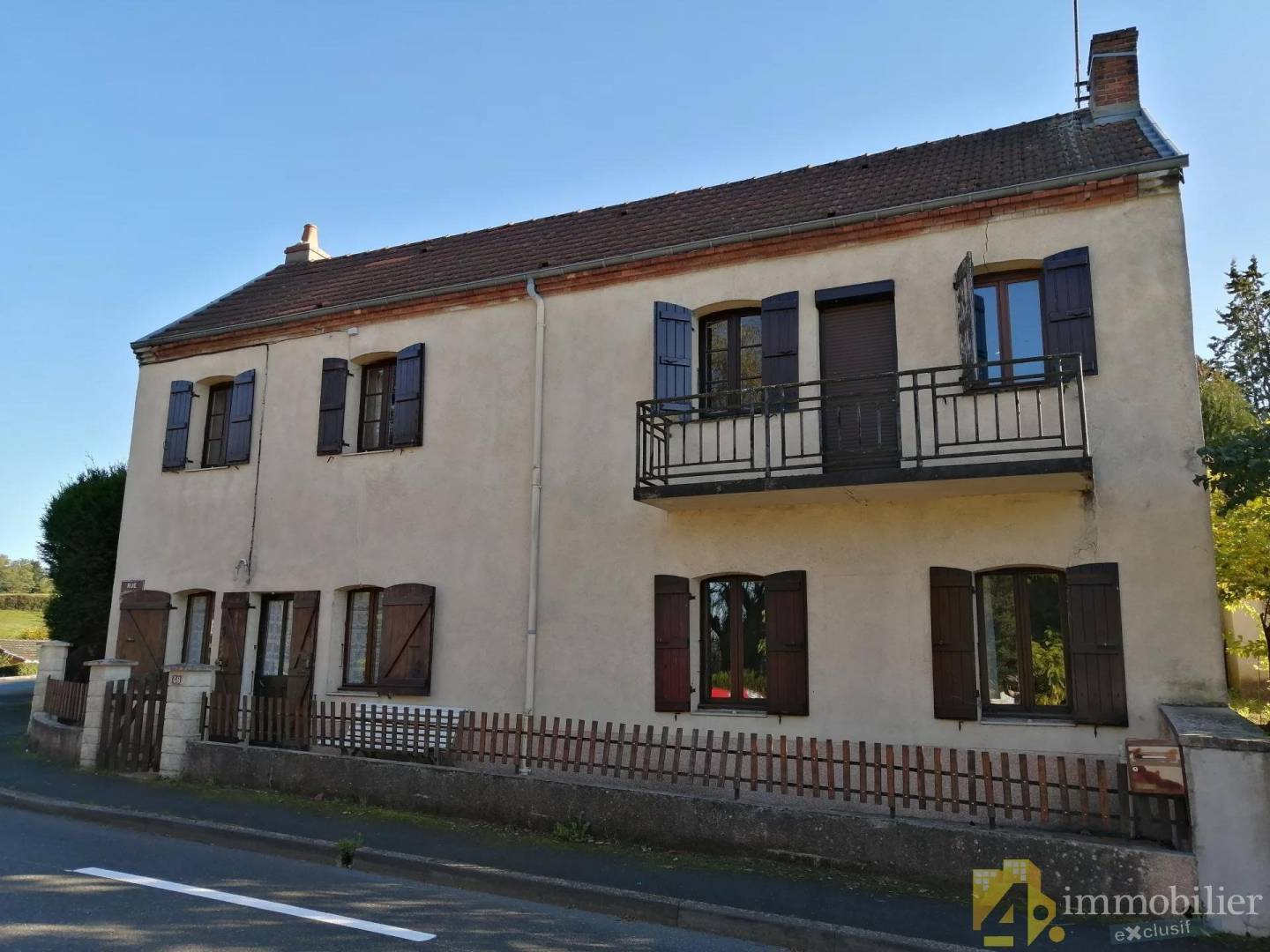 1 18 Perrecy-les-Forges